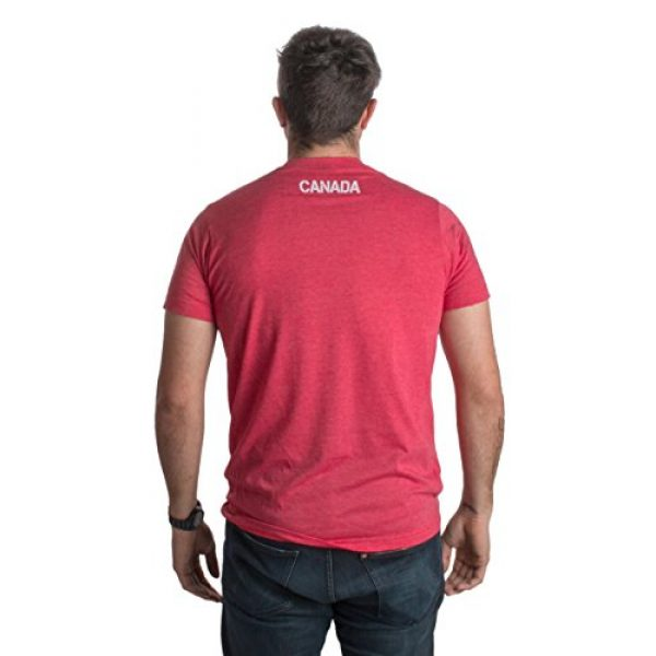 Ann Arbor T-shirt Co. Graphic Tshirt 3 Canada Pride   Vintage Style, Retro-Feel Canadian Maple Leaf Unisex T-Shirt
