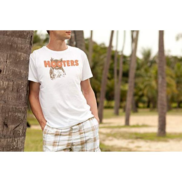Ripple Junction Graphic Tshirt 5 Hooters Throwback Logo Adult T-Shirt