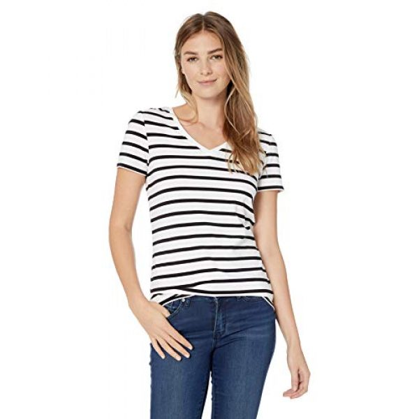 Amazon Essentials Graphic Tshirt 2 Women's 2-Pack Classic-Fit Short-Sleeve V-Neck T-Shirt