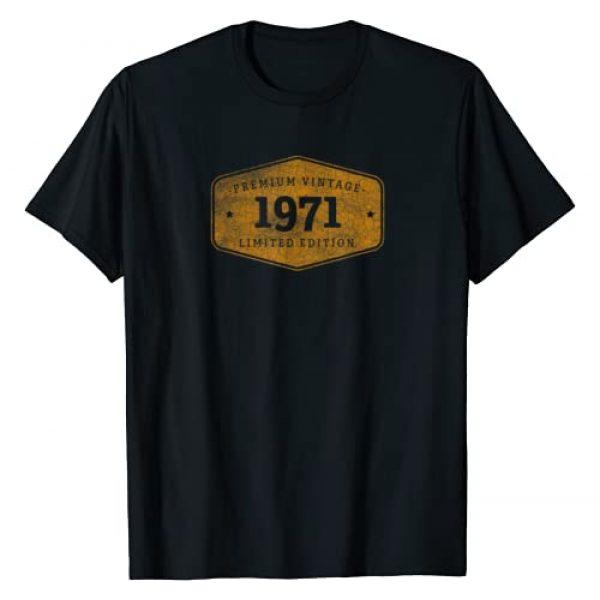 Year Born Birthday Gift designs Graphic Tshirt 1 Born 1971 Vintage Limited Ed Birthday Gift T-Shirt