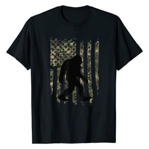 USA Distressed Flag 4th of July Graphic Tshirt 1 Bigfoot I Believe Sasquatch Patriot American Flag T-Shirt